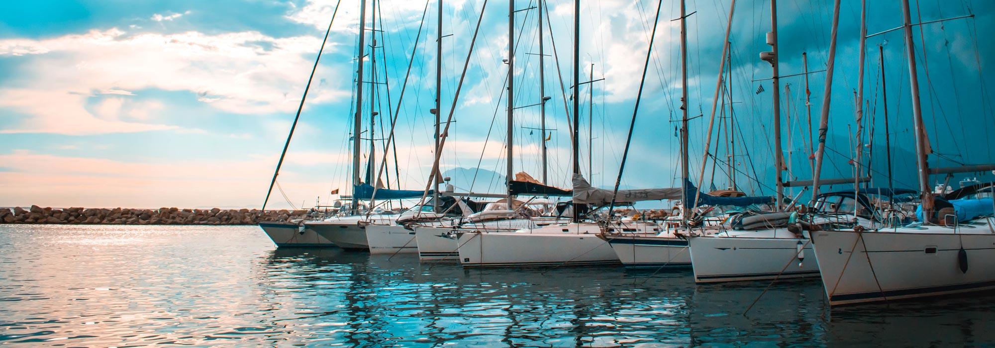Saleboot BV helpt dan graag en koopt de boot voor u op